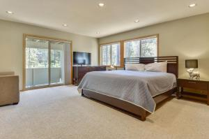 Bunker 26 Holiday Home, Case vacanze  Sunriver - big - 32