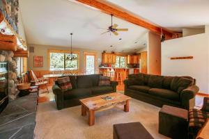 Quail 5 Holiday Home, Dovolenkové domy  Sunriver - big - 1
