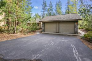Look Out Lane 8 Holiday Home, Holiday homes  Sunriver - big - 27