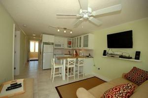 Playa Casanas South, Dovolenkové domy  Holmes Beach - big - 11