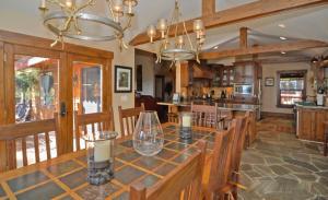 Lodgepole Drive Holiday Home, Dovolenkové domy  Incline Village - big - 3