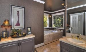 Tahoe Getaway, Holiday homes  Incline Village - big - 12