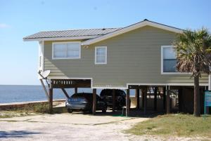 Harbor House Home, Дома для отпуска  Fort Morgan - big - 2