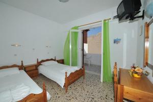 Santa Irini Hotel(Perissa)