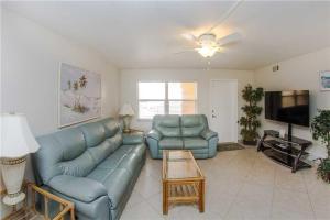 #229 At Surf Song Resort, Apartmány  St Pete Beach - big - 3