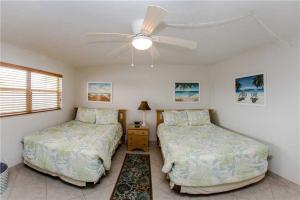 #229 At Surf Song Resort, Apartmány  St Pete Beach - big - 10