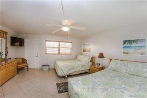 #229 At Surf Song Resort, Apartmány  St Pete Beach - big - 16