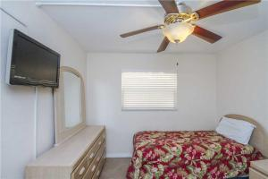 #118 At Surf Song Resort, Apartmány  St Pete Beach - big - 8
