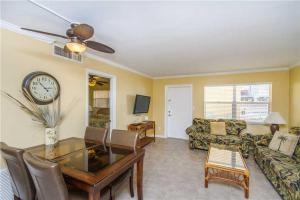 #118 At Surf Song Resort, Apartmány  St Pete Beach - big - 7