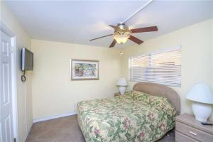 #118 At Surf Song Resort, Apartmány  St Pete Beach - big - 19