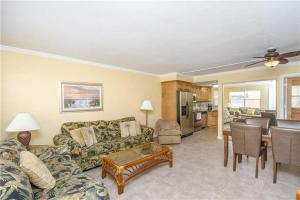 #118 At Surf Song Resort, Apartmány  St Pete Beach - big - 12