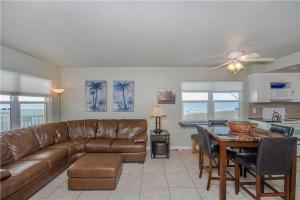 #222 At Surf Song Resort, Apartments  St Pete Beach - big - 14