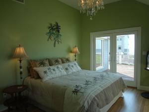 Summer Breeze Holiday home, Holiday homes  Galveston - big - 11