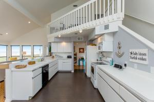 By The Sea Home, Ferienhäuser  Galveston - big - 8