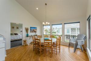 By The Sea Home, Ferienhäuser  Galveston - big - 24