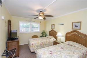 #228 At Surf Song Resort, Apartmány  St Pete Beach - big - 20