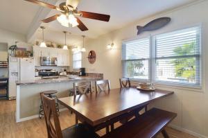 Buena Vista Home, Prázdninové domy  Galveston - big - 7