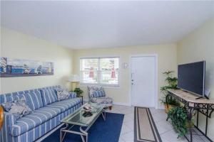 #120 At Surf Song Resort, Apartmány  St Pete Beach - big - 5