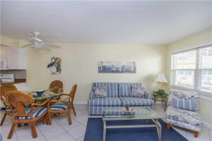 #120 At Surf Song Resort, Apartmány  St Pete Beach - big - 8
