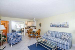 #120 At Surf Song Resort, Apartmány  St Pete Beach - big - 12