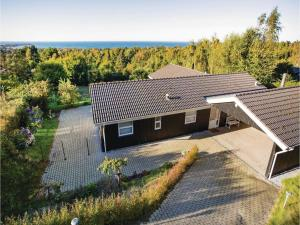 Two Bedroom Holiday Home in Farevejle