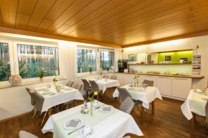 Hotel am Springhorstsee, Отели  Гроссбургведель - big - 17