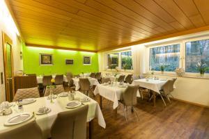 Hotel am Springhorstsee, Отели  Гроссбургведель - big - 16