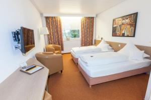Hotel am Springhorstsee, Отели  Гроссбургведель - big - 38