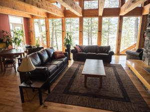 HI Canmore Hostel/Alpine Club of Canada - Accommodation - Canmore