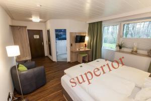Hotel am Springhorstsee, Отели  Гроссбургведель - big - 37