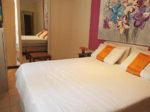 Amogelang Guest House, Prázdninové domy  Kasane - big - 17