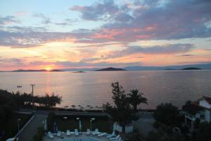 Apart Hotel Ege, Penziony  Ayvalık - big - 53