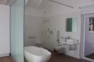 theLAB LIFESTYLE Franschhoek, Penziony  Franschhoek - big - 44
