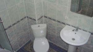 Guesthouse More Rossii, Affittacamere  Vityazevo - big - 16