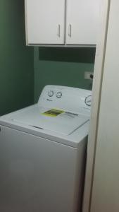 Dorchester Suites, Appartamenti  Kingston - big - 3