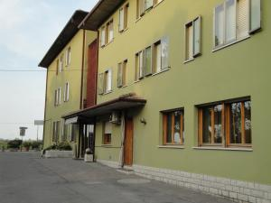 Nearby hotel : Hotel Galliano
