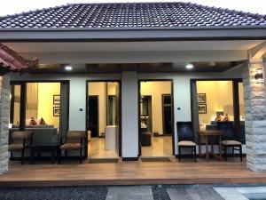 Grand Harvest Resort & Villas, Resort  Banyuwangi - big - 46
