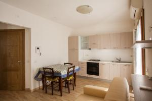 PiazzaMercato Studios, Apartments  Olbia - big - 5