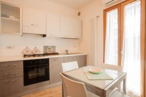 PiazzaMercato Studios, Apartments  Olbia - big - 18
