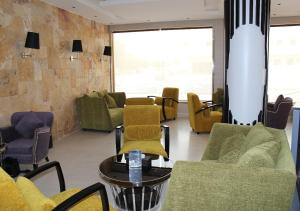 Drr Ramh Hotel Apartments 7, Aparthotels  Riad - big - 36