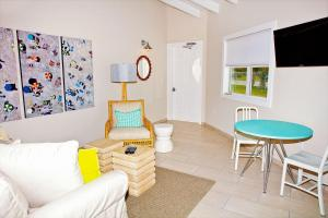 Discount Cape Eleuthera Resort & Marina