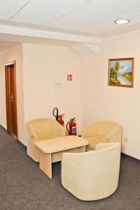 Hotel Astra, Hotel  Sofia - big - 38