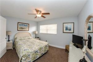 #225 At Surf Song Resort, Apartmány  St Pete Beach - big - 7