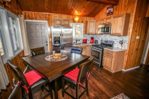 1626- Black Diamond Watch, Holiday homes  Big Bear Lake - big - 25