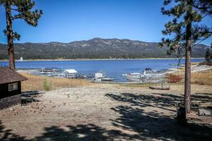 1624- DreamView, Case vacanze  Big Bear Lake - big - 13