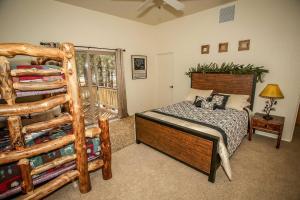 1625- Bear Feet Chalet, Prázdninové domy  Big Bear Lake - big - 11