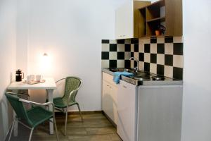 Happy Days, Apartmánové hotely  Malia - big - 74