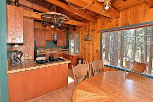 River View Cabin, Case vacanze  South Lake Tahoe - big - 23