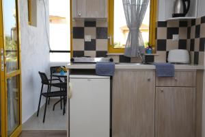 Happy Days, Apartmánové hotely  Malia - big - 106