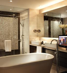 Joy~Nostalg Hotel & Suites Manila Managed by AccorHotels, Apartmanhotelek  Manila - big - 9